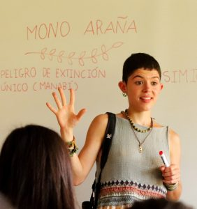 Irene Duch Latorre gives a presentation to a group of students.